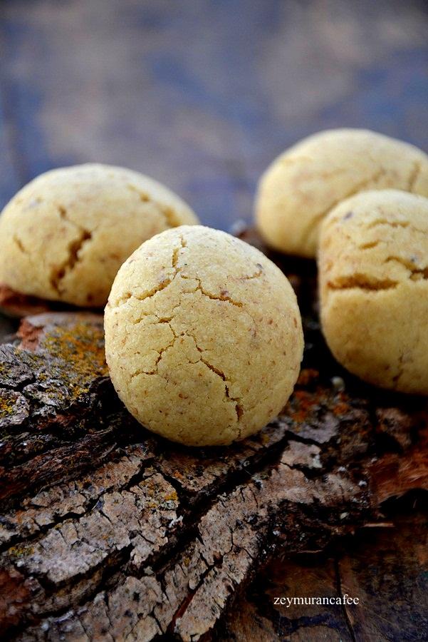 içi cevizli kurabiye