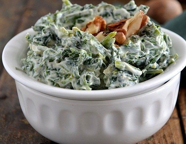 yogurtlu-ispanak-salatasi