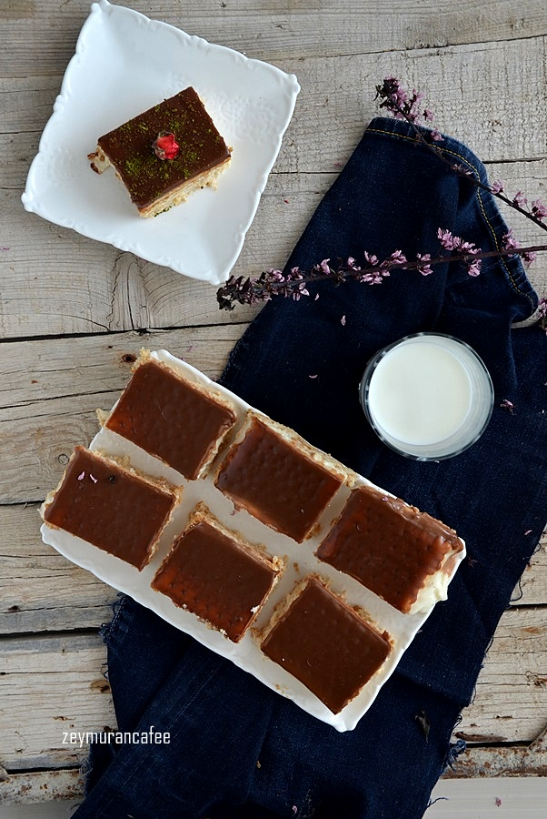 muhallebili bisküvi pastası ve yapılışı