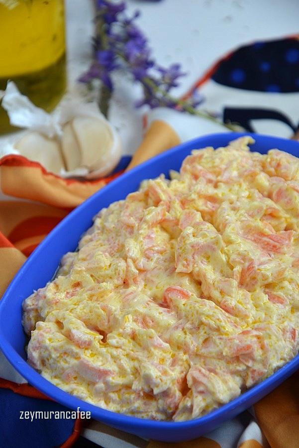 yoğurtlu havuç salatası tarifi