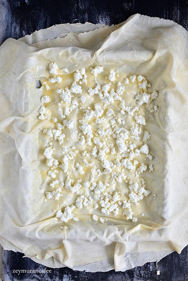 tepsi böreği nasıl yapılır