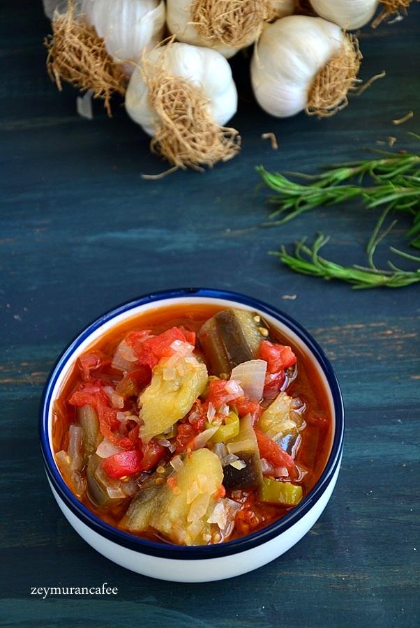 zeytinyağlı patlıcan yemeği