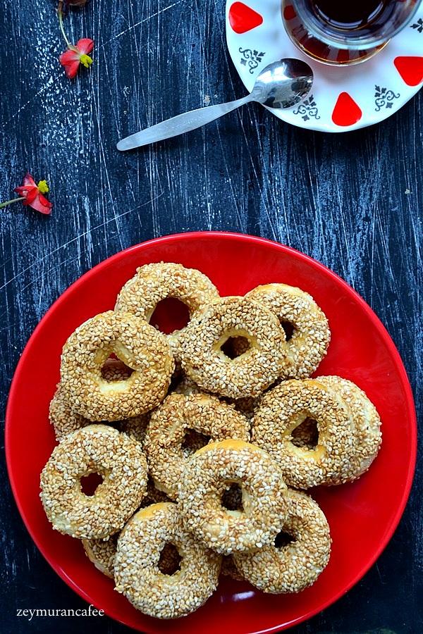 susamlı halka kurabiye tarifi